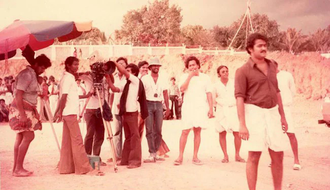 Check Out The Vintage Photo Of Mohanlal